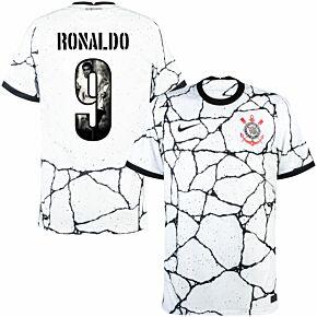 21-22 Corinthians Home Shirt + Ronaldo 9 (Gallery Printing)