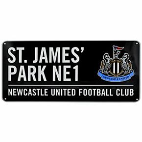 Newcastle United Color Street Sign - 16in x 7in