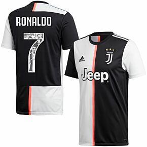 19-20 Juventus Home Shirt + Ronaldo 7 (Gallery Style)