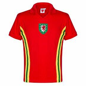 1976 Wales Home Retro Shirt + No 10