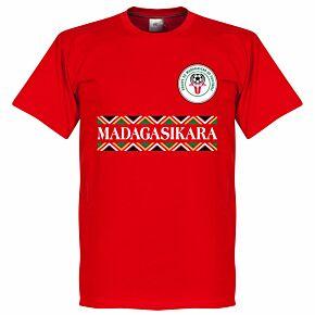Madagascar 'Madagasikara' Tee - Red